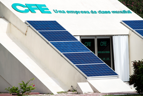 Mexican Court Orders Hold on AMLO's Electricity Law That Favors CFE