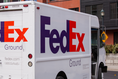 FedEx Plans to Slash Net Debt by $2.6bn Post Bond Issuance Later This Month