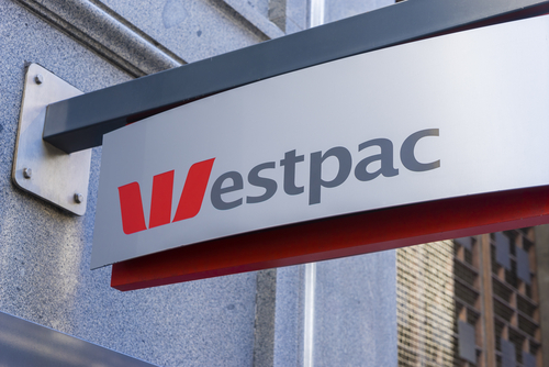 Westpac Reports Strong Earnings; Announces Cost Cutting Plan